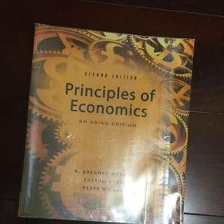 經濟學原文書(大一)