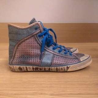 麥肯納 藍色洗舊半筒休閒鞋