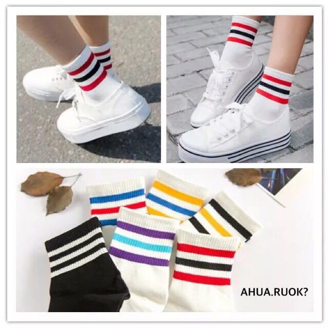 特價滿5送1 韓國三條槓運動風中筒襪💕 短襪子 條紋 情侶 雙槓 可愛 卡通 動物 復古 阿華有事嗎