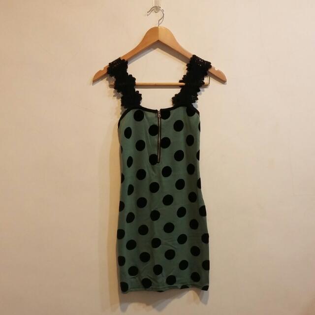復古普普風圓點軍綠色蕾絲肩帶拉鍊包臀洋裝