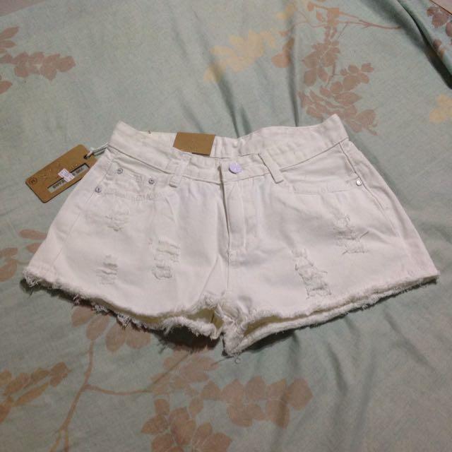 白色短褲(全新)✨