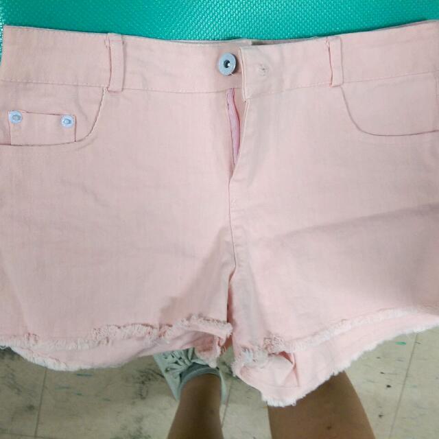 粉紅短褲(只穿過一兩次)