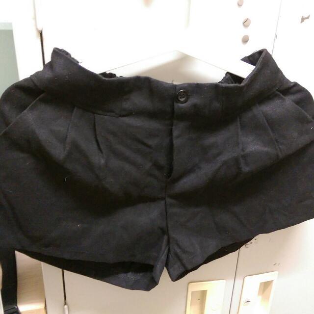 黑色短褲(適合秋冬穿,只穿過一次)