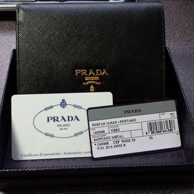 1d65bac1f4c69f Christmas Sale! Brand New Prada Saffiano Leather Short wallet NERO ...