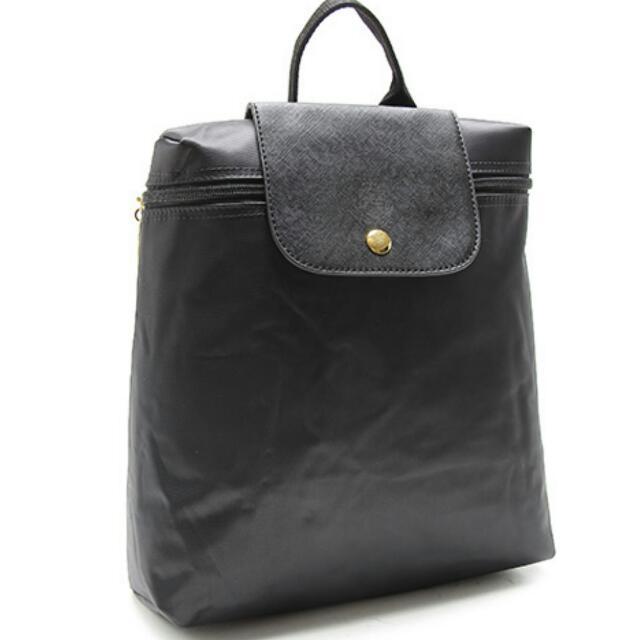 (含運)It Bags經典品牌輕量尼龍後背包(黑色)