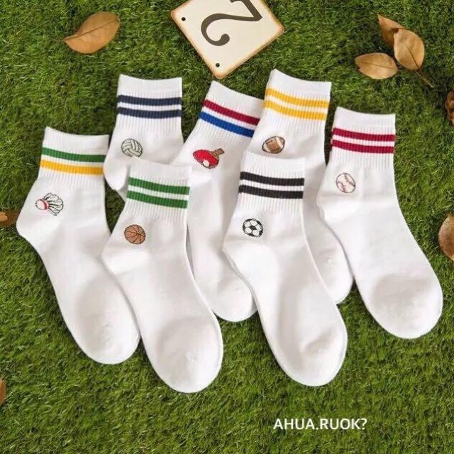 韓國運動刺繡LOGO雙槓條紋襪💕 短襪子 中筒襪 文青情侶 可愛 卡通 動物 食物 復古 搭配 阿華有事嗎