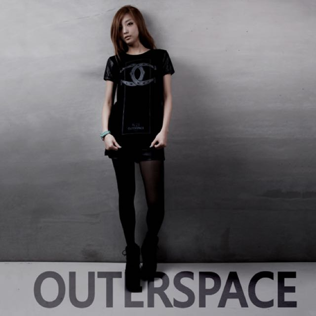 outer space 馬年限定t