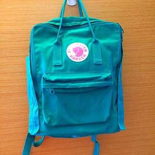 (保留)綠色kanken後背包