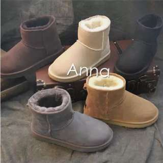 【Anna】牛皮羊毛~真皮5854 底筒 雪靴(米色)《2雙免運》UGG太陽花底