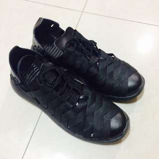 全黑 編織鞋 只穿過一次 九成新 誠可議