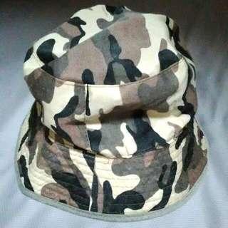 正反漁夫帽