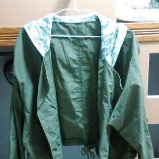 全新連帽蕾絲墨綠外套