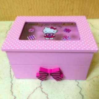 ✨Hello Kitty 置物盒✨
