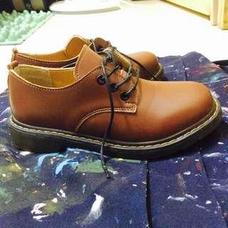 馬丁鞋/皮鞋 棕色