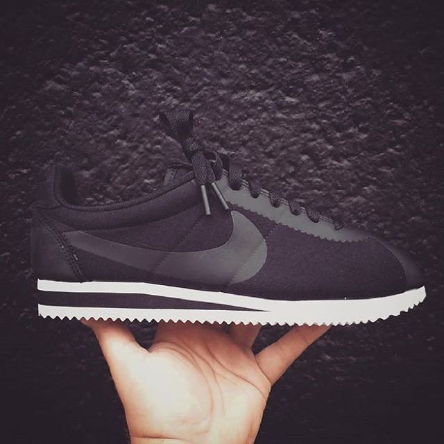 阿甘正夯🔥 Nike Classic Cortez Fleece TP 黑白 最新科技鞋面材質✨