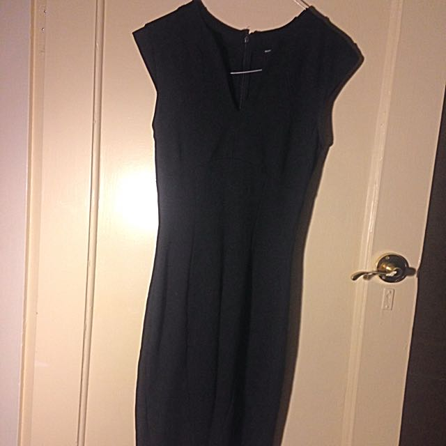 Black Size 10 Pencil Dress Knee Length Small 10