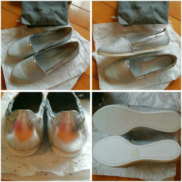 (全新)[Charles & Keith] 小CK 銀蔥/銀色休閒鞋