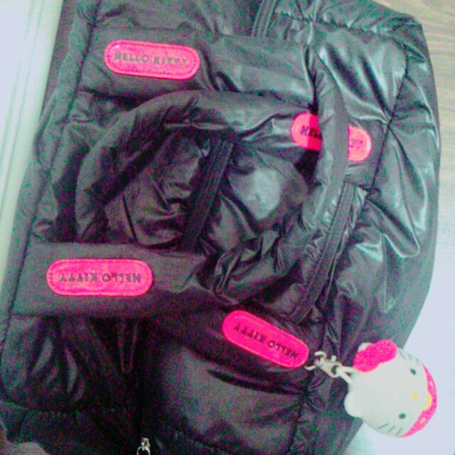 (限時九折 買賣場任2件八折 Hello Kitty 輕量手提袋