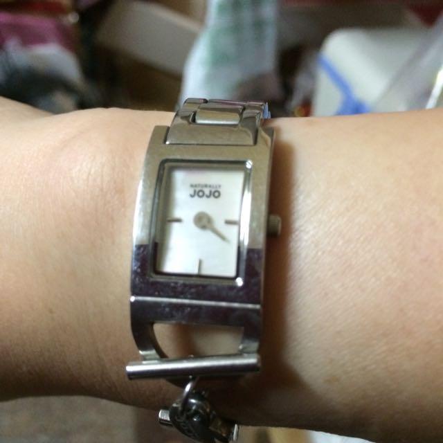JoJo不銹鋼造型鍊錶(正貨)