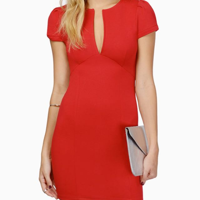 Killer Red Dress With V Neck