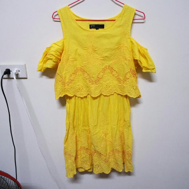 pazzo黃色露肩雕花洋裝