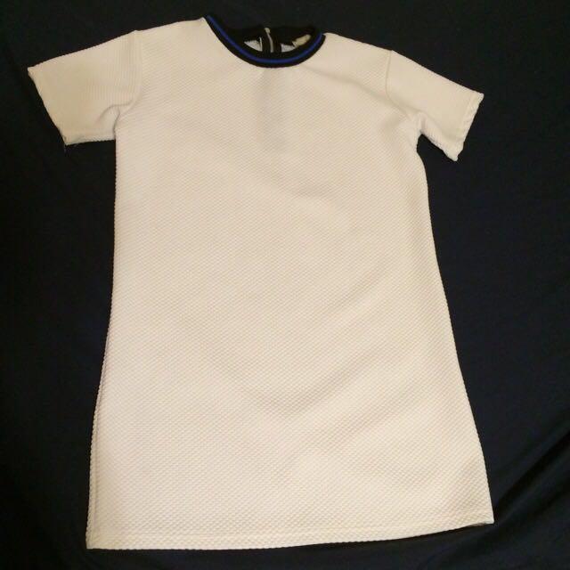 X.O.X.O 白色運動風裙子