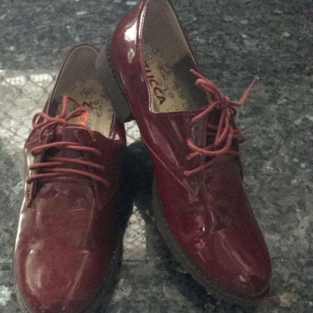 ZUCCA紅色牛津鞋37號