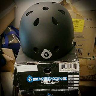 Sixsixone Dirt Lid Stacked Helmet