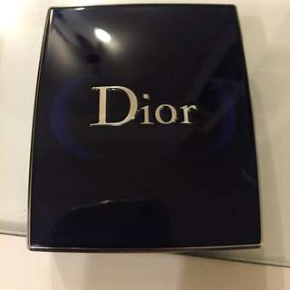 Dior 三色煙燻灰藍眼影盒
