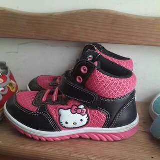 HELLO KITTY 布鞋/靴子設計款