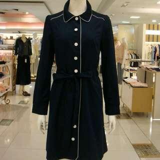 藍白單釦 綁帶洋裝  披風大衣