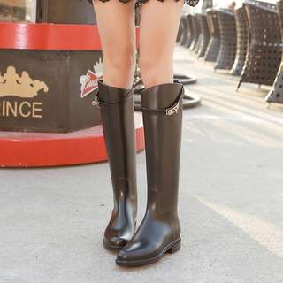斜口銀扣雨靴