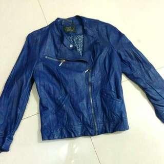 二手Zara紫藍皮衣