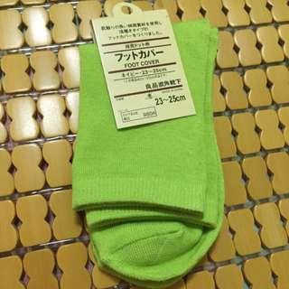 (全新)無印短襪-草綠色