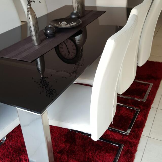 8 Seater Glass Dining Table.