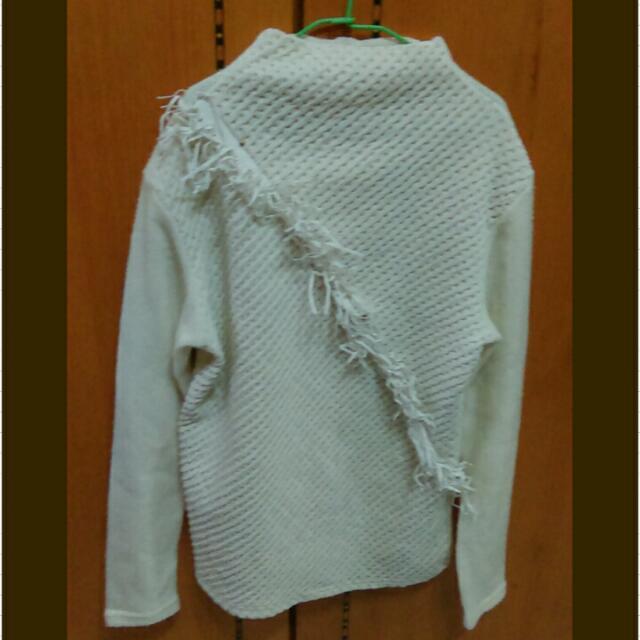 白色高領針織設計長袖