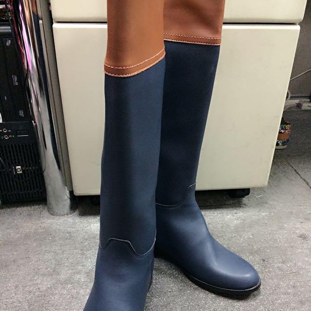 Grace Gift 經典雙色長筒靴。全新