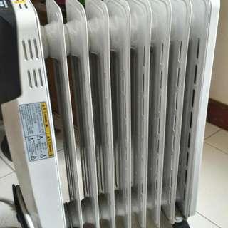 惠而浦9片葉片式電暖器 送Bririch輕巧手持掛燙機和轉接頭(3孔轉2孔)