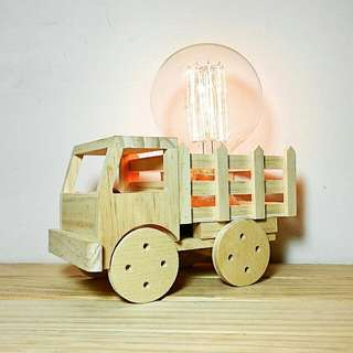🚚 手作松木小貨車造型燈 (含愛迪生燈泡)