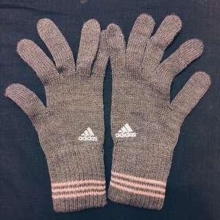 Adidas保暖手套
