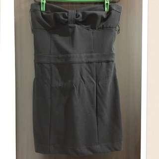 ZARA 黑色平口洋裝