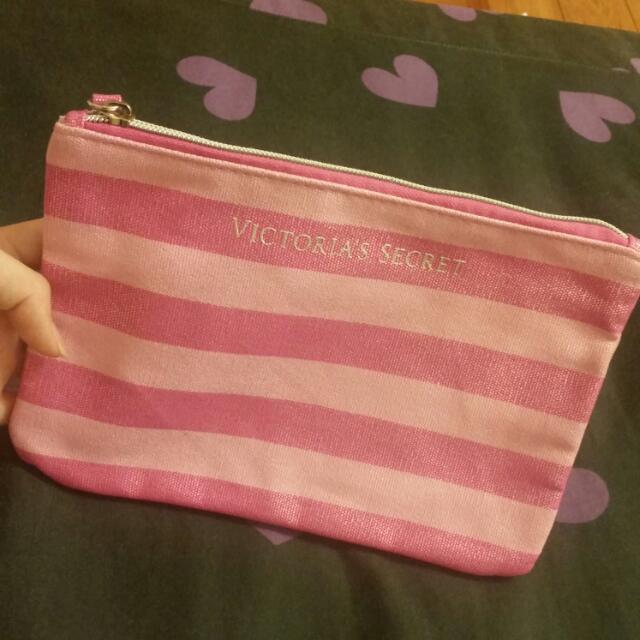粉紅收納包