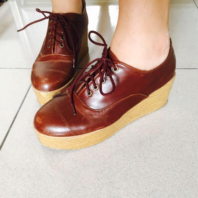 二手🌹皮革牛津厚底楔形鞋