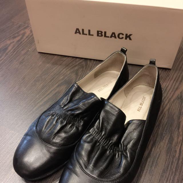 All Black 牛皮革抓褶平底鞋-40號