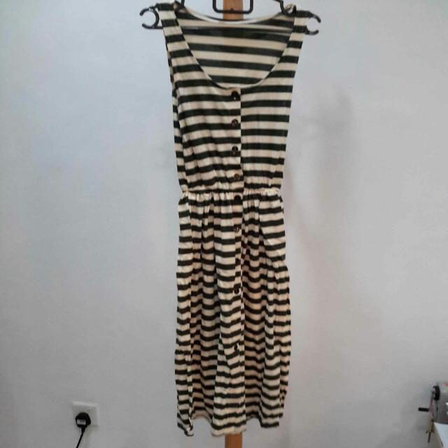 Brand New Green & White Dress