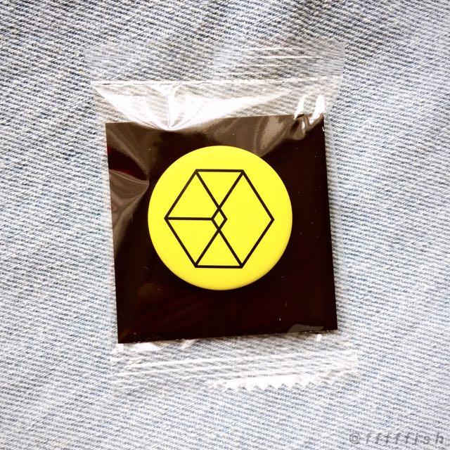 EXO LMR 別針 徽章