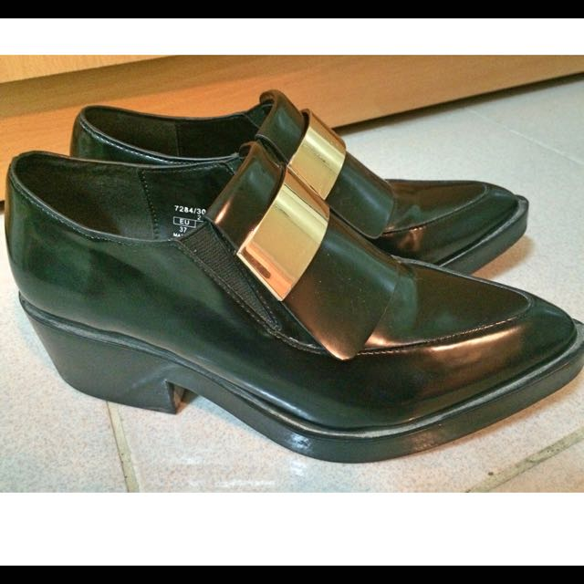 Zara類似款尖頭金屬片皮鞋