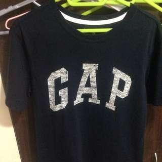 Gap深藍短T