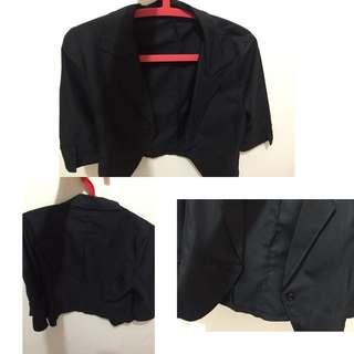 基本款黑色西裝外套😈