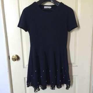 全新/深藍色下擺蕾絲珍珠百搭洋裝